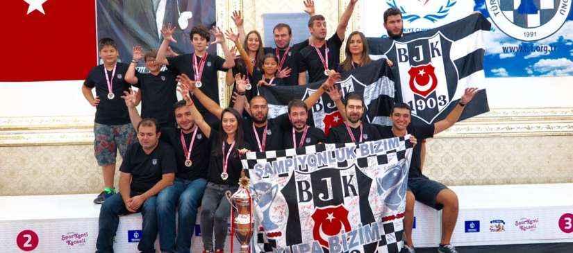 Beşiktaş JK Satranç Takımı, Şampiyonluk Kupasını Aldı